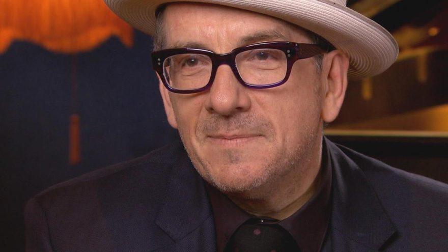 Ünlü şarkıcı Elvis Costello'dan kötü haber