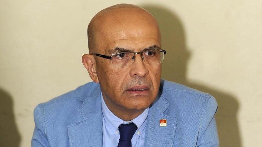 Enis Berberoğlu'nun yemin etme sırasında CHP'den protesto geldi