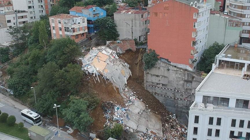 Beyoğlu Belediyesi Sütlüce'de çöken binayla ilgili açıklama yaptı