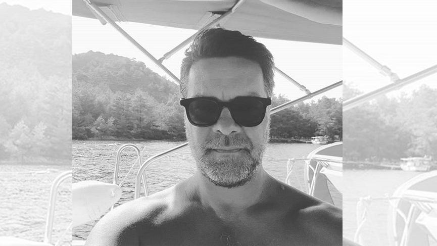 Beyaz'dan tekne selfiesi geldi