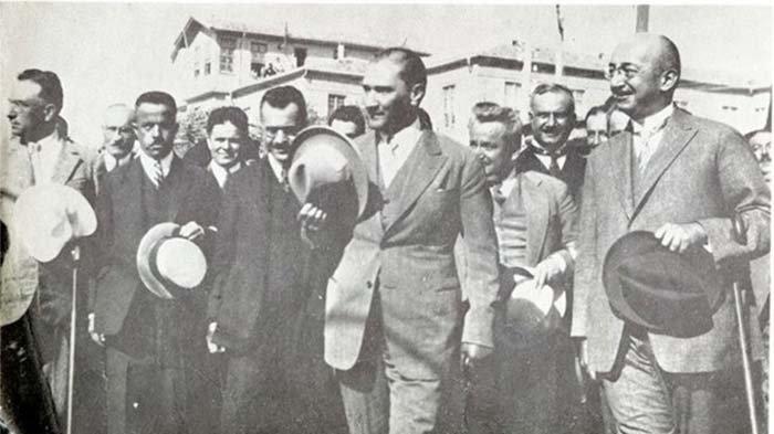 Atatürk'ün fotoğrafçısı Ethem Tem özel yarışmayla anılacak