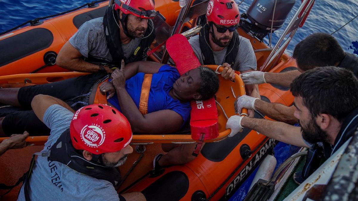 Dünyaca ünlü sporcu mülteciler için kurtarma operasyonunda