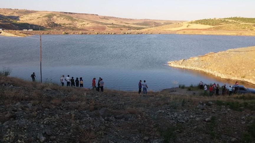 Göle giren 2'si Suriyeli 3 kişi boğularak can verdi