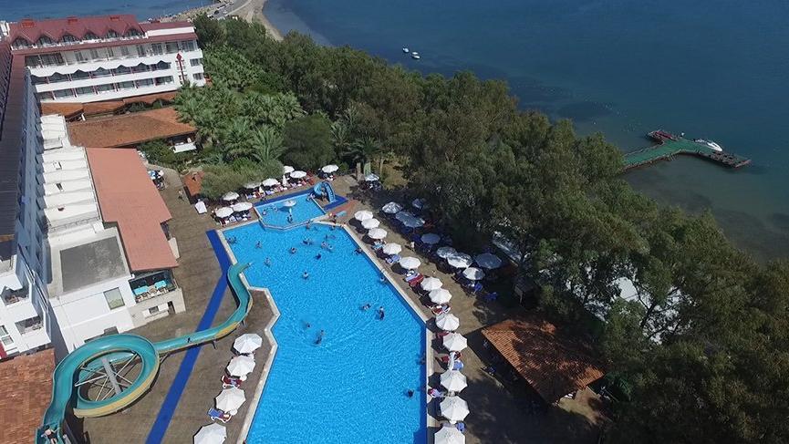 Balıkesir'de bir çocuk otel havuzunda boğuldu