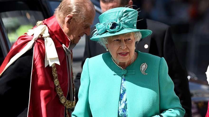 Kraliçe'ye 34 milyar dolar borçluyuz