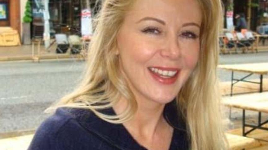 Eski manken Monica McDermott intihar etti! Cansız bedenini 12 yaşındaki oğlu buldu