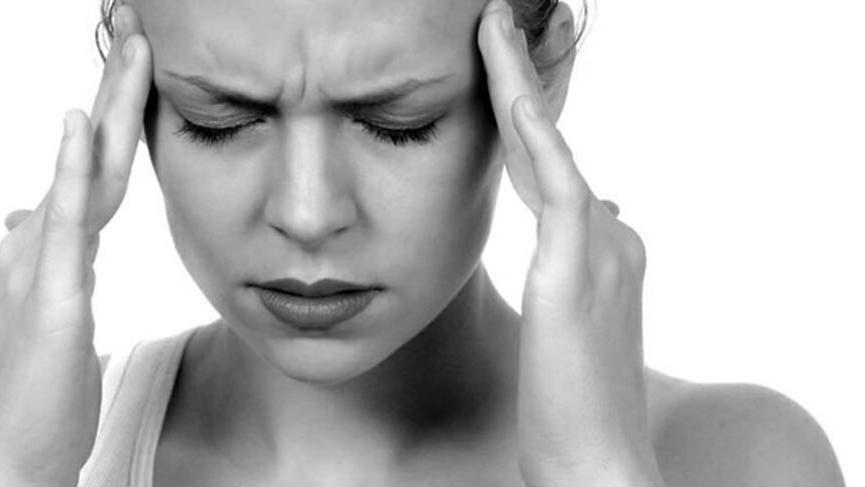 Migren nedir? Migrenin nedenleri, belirtileri ve tedavi yolları