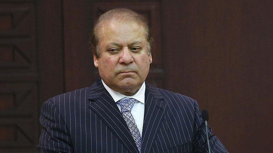 Eski Pakistan Başbakanı Navaz Şerif, Lahor Havalimanı'nda tutuklandı