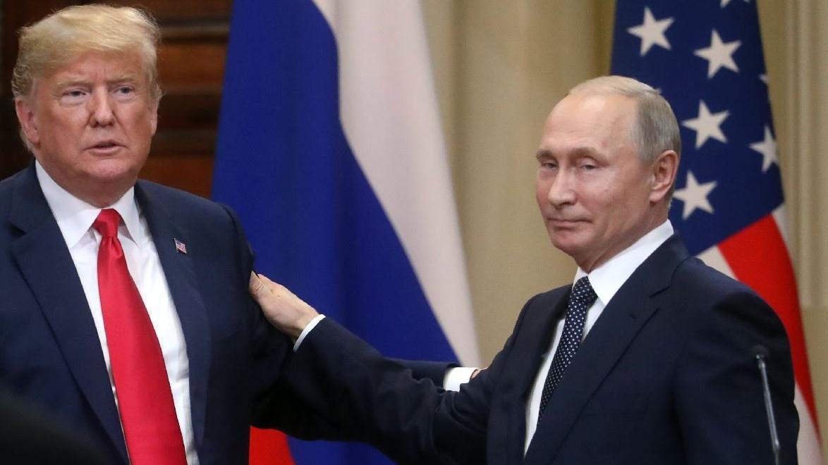Putin ve Trump'ın otomobilleri de kapıştı