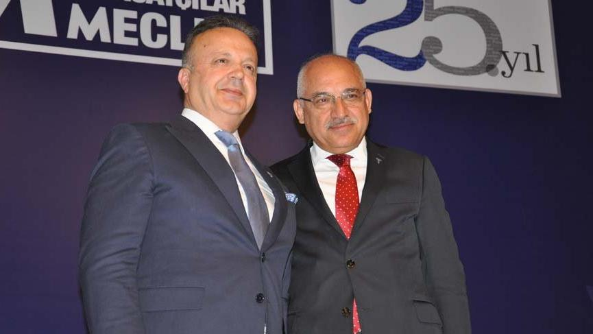İsmail Gülle, TİM Başkanlığı'nı Büyükekşi'den devraldı