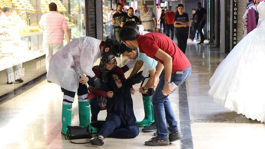 Kargo kolisinden yayılan koku 14 kişiyi hastanelik etti
