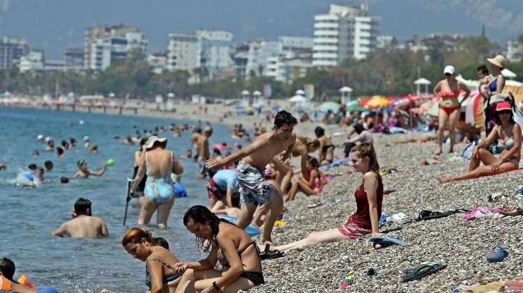 Antalya'ya kavurucu sıcaklar geri geliyor