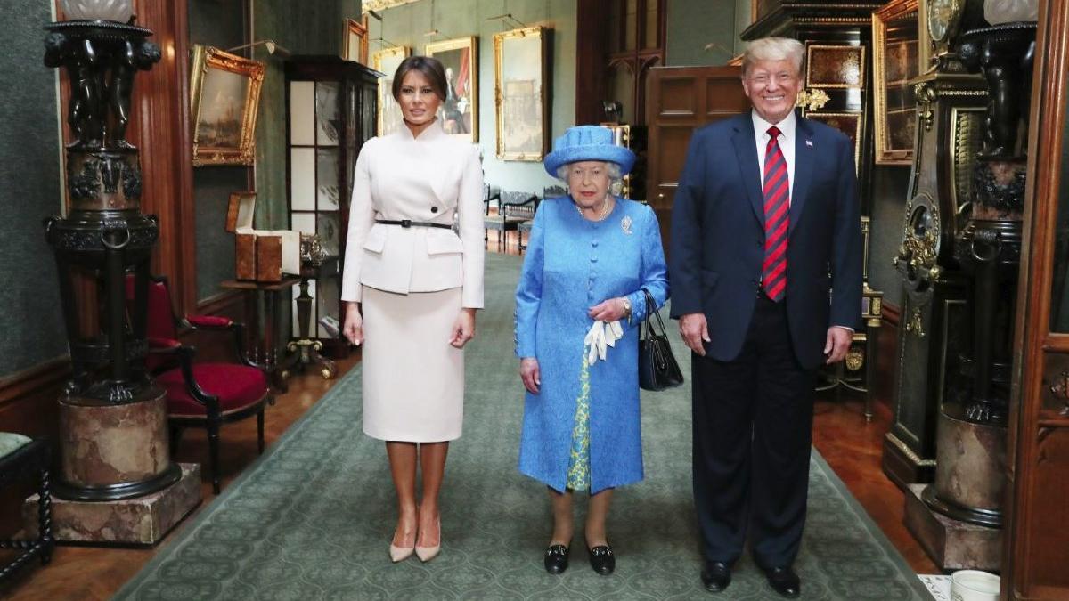 Saray'da kriz... Trump'ı Kraliçe'yle yalnız bıraktılar
