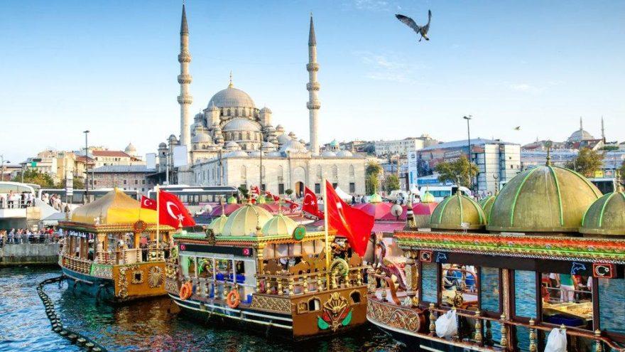 Eminönü'nün gezilecek yerleri: İstanbul'un tarihi dokusunu yaşayacağınız Eminönü…