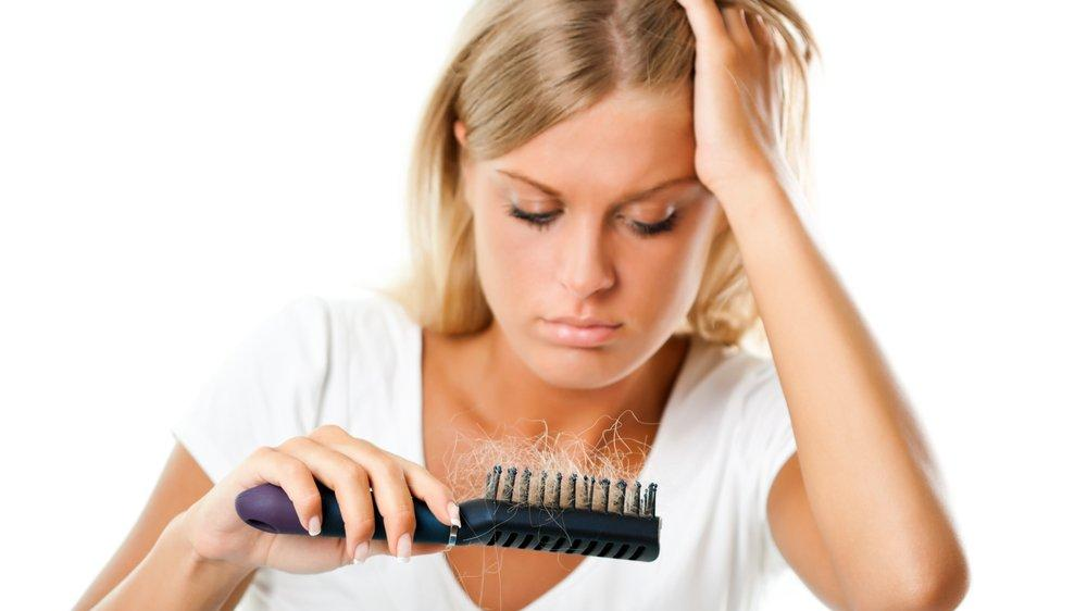 Dökülen saçlara 3 uygulama