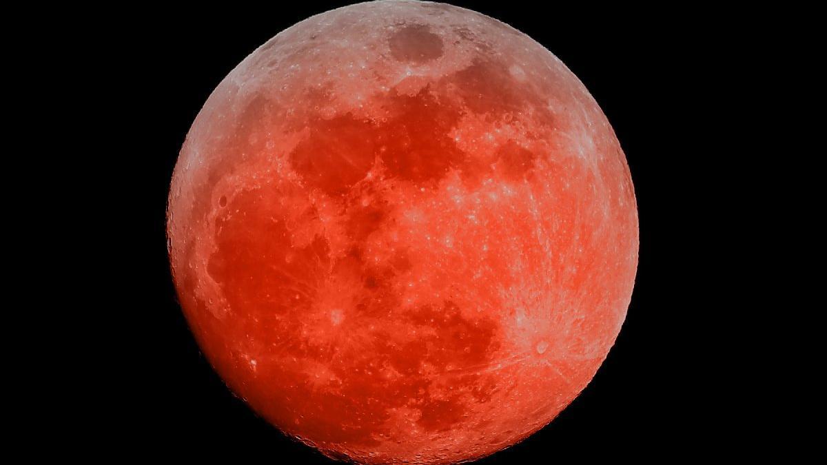 CANLI YAYIN: Kanlı Ay Tutulması'nı canlı izle! Kanlı Ay Tutulması başladı...
