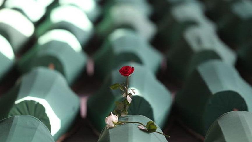 Srebrenitsa katliamı anmaları başladı