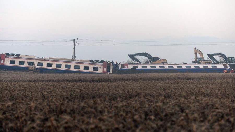 Tren kazası sonrası soru işaretleri... Bunu görecek kimse yok muydu?