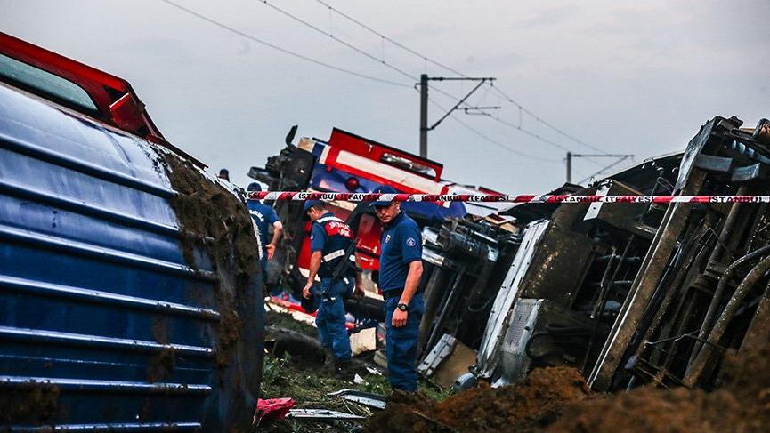 Tren kazasında son dakika! Acı bilanço: 24 ölü 318 yaralı