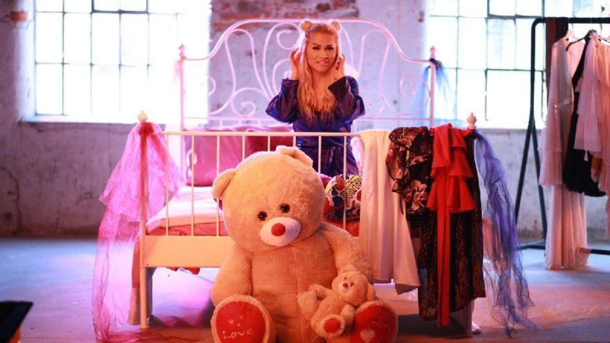 Pınar Darcan, Aleyna'nın ayısıyla klip çekti