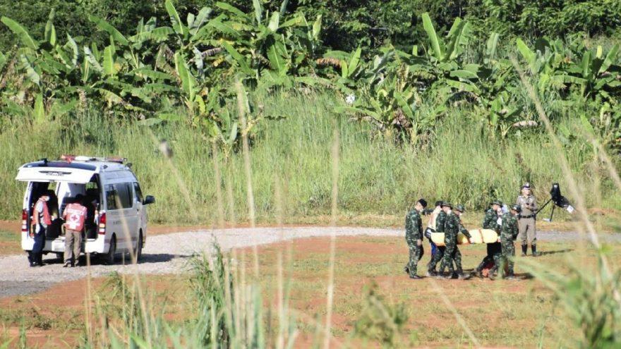 Tayland'dan bir iyi haber daha… Sedyeyle çıkarıldı