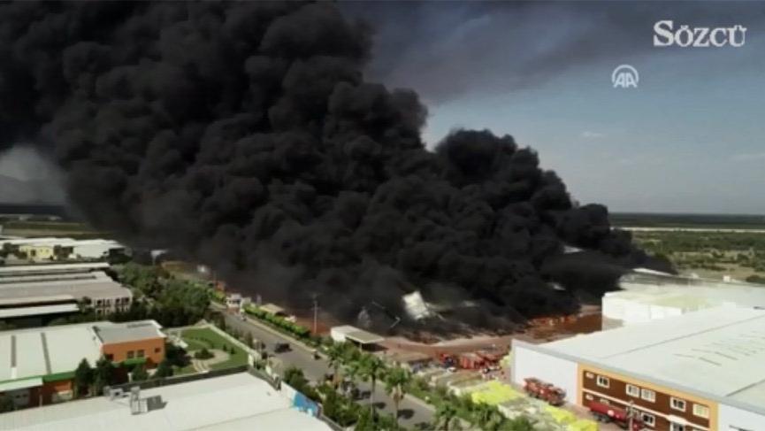 Antalya'daki fabrikada büyük yangın