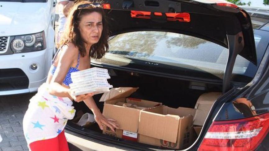 Yıldız bagajını açtı, albümünü dağıttı