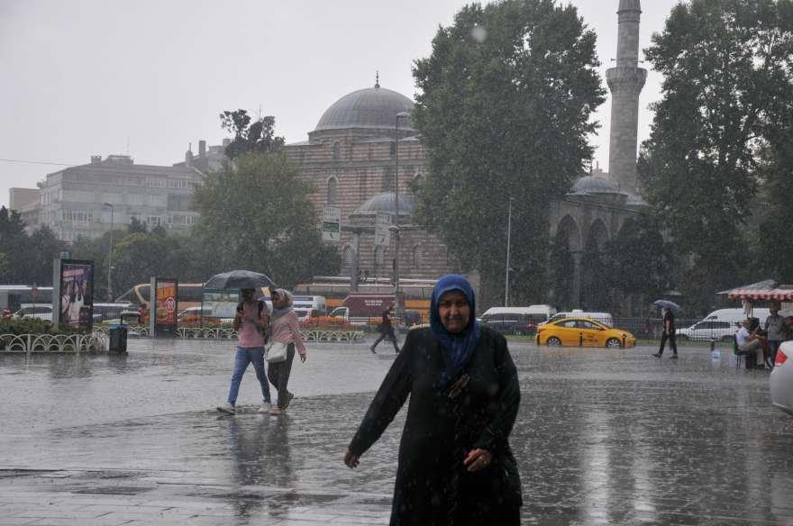 istanbul-yagmur-foto-iha-dha-13