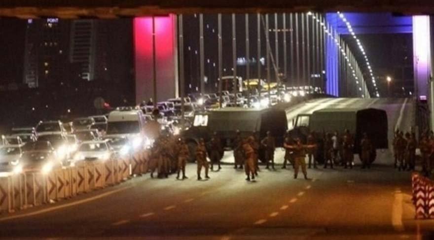 15 Temmuz gecesi Boğaziçi Köprüsü - AA