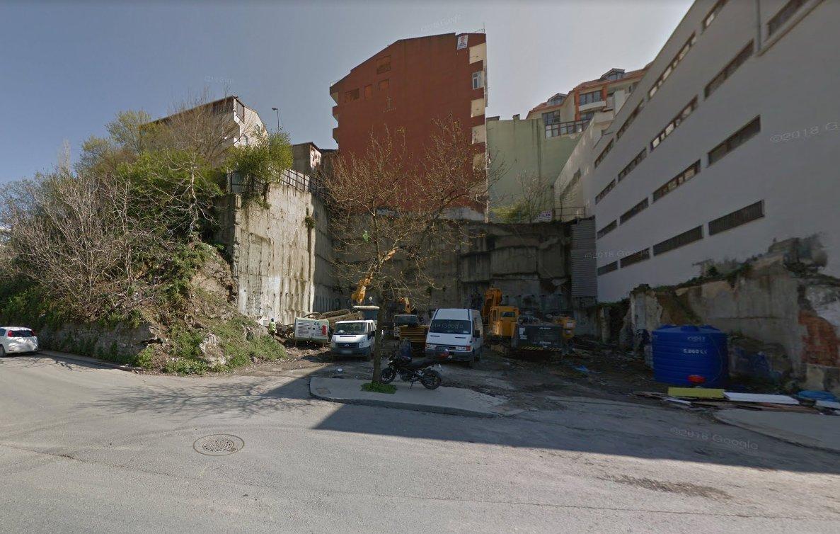 Binanın 2 ay önceki hali bu şekildeydi.