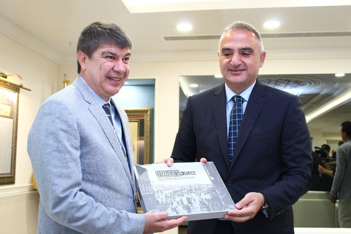 Antalya Belediye Başkanı Menderes Türel, Kültür ve Turizm Bakanı Mehmet Ersoy'u ağırladı.