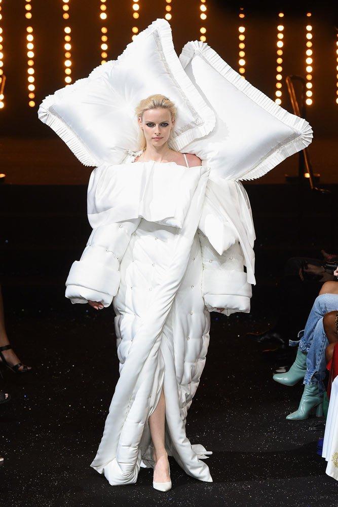 Victor and Rolf Haute Couture Moda Haftası'ndaki tasarımları...