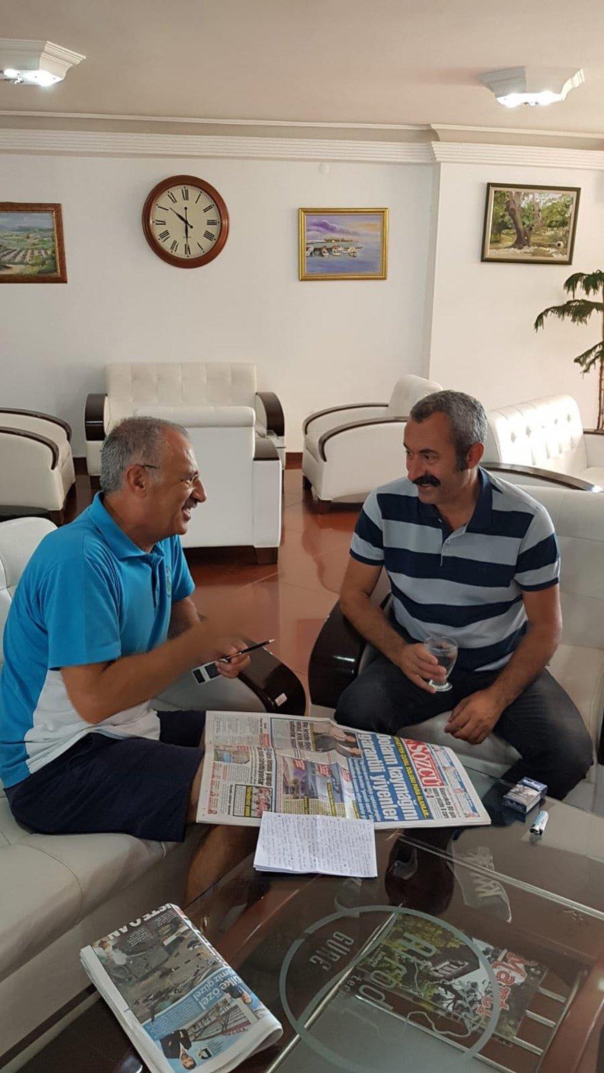 MAKAM ARACI YOK, MAAŞI İŞÇİDEN AZ Tunceli'nin Ovacık İlçesi Belediye Başkanı Fatih Mehmet Maçoğlu, Ankara Temsilcimiz Saygı Öztürk'ün sorularını yanıtladı. Maçoğlu'nun makam aracı yok, maaşı ise işçilerden az.