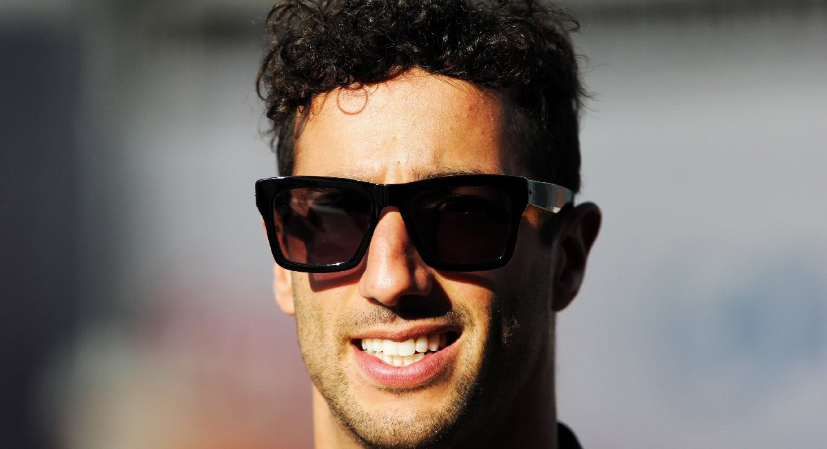 1533304419_21214790_daniel_ricciardo_joins_renault_sport_formula_one_team_from_2019-kopya