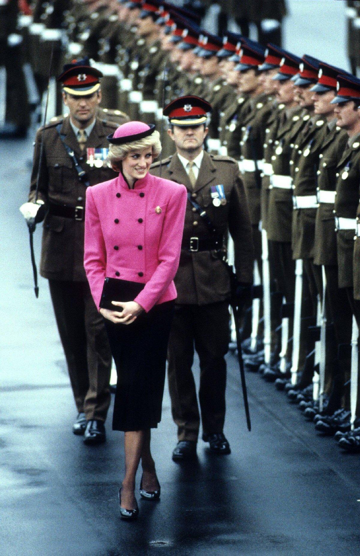 Diana, Prens Charles ile hiç evlenmek istememiş...