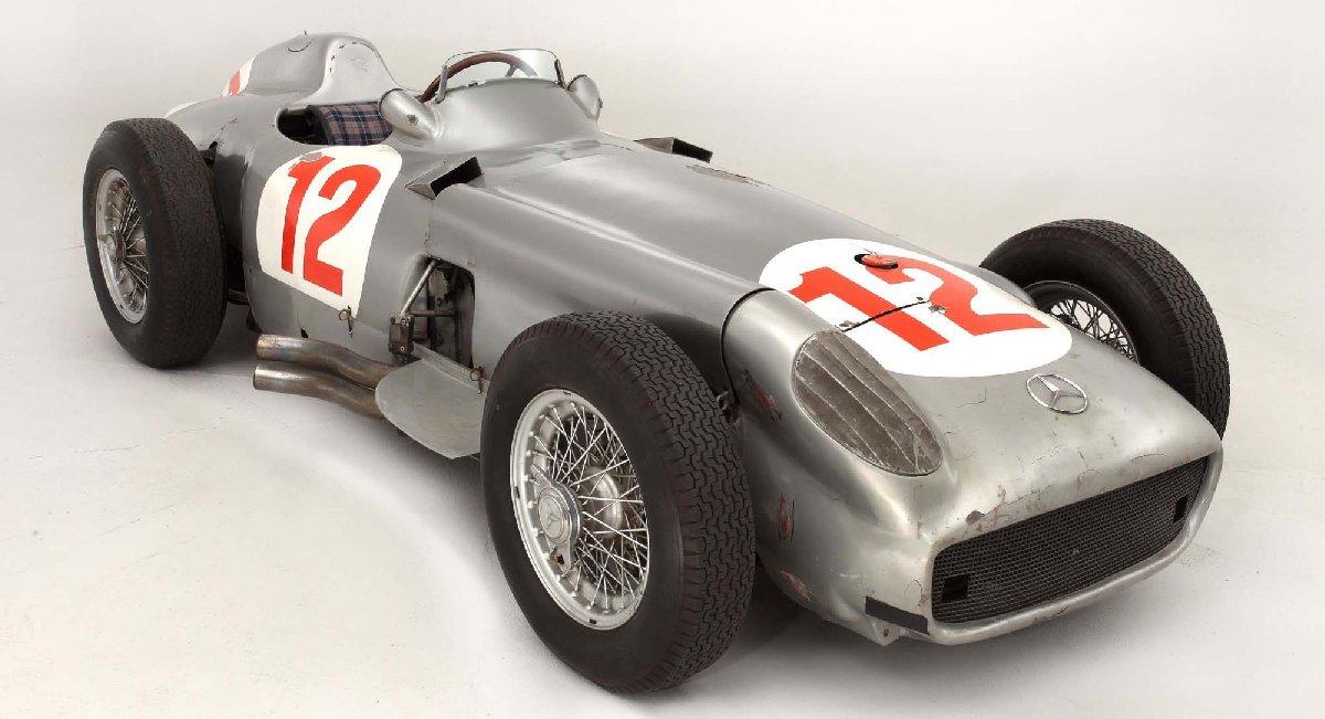 1954-mercedes-benz-w196-kopya