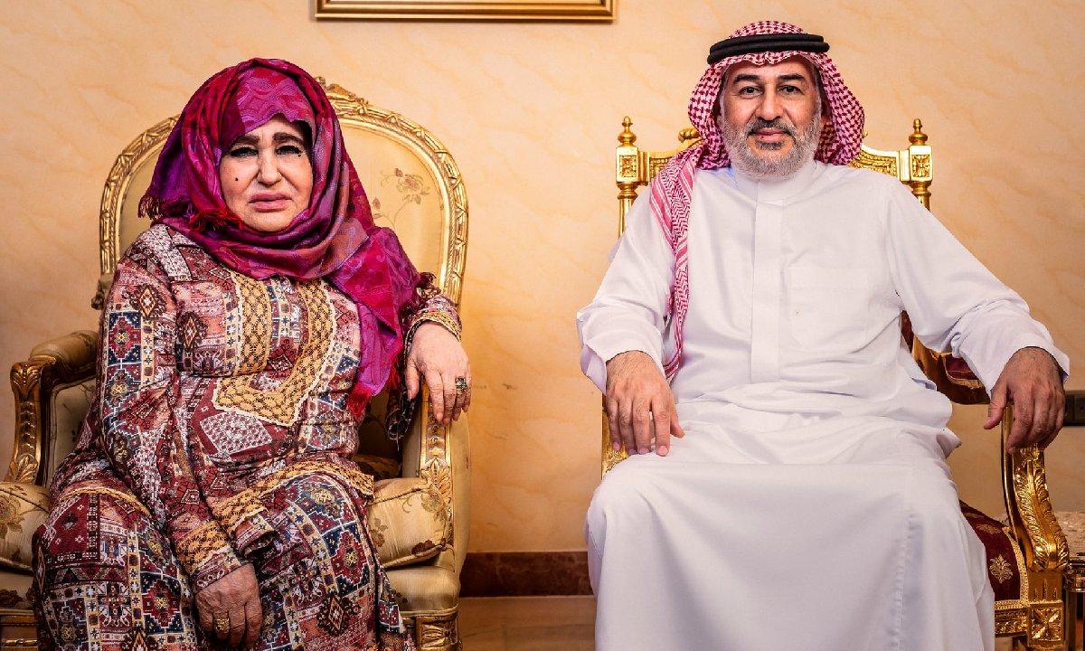 Alia Ghanem'in röportajı sırasında Usame Bin Ladin'in kardeşi Ahmed de yer aldı. Röportaj, Suudi Arabistan, Cidde'de gerçekleşti.