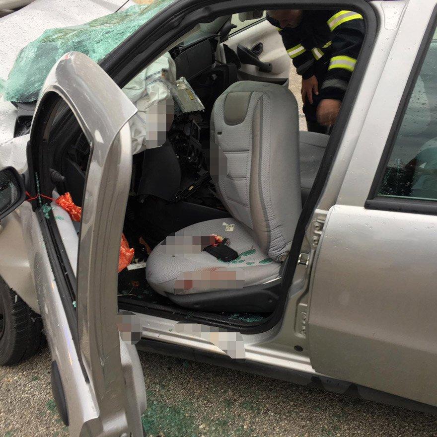Kazada 2 kişi hayatını kaybetti. - DHA