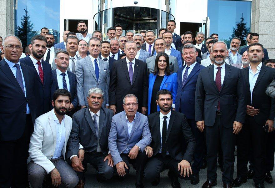 Cumhurbaşkanı Erdoğan başkanlığında yapılan MYK 3 saat sürdü. AA