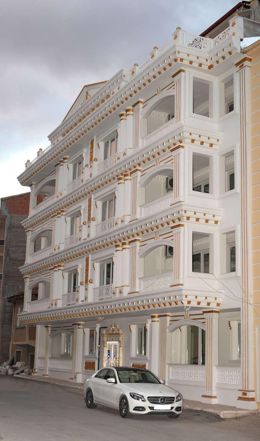 24 milyon liraya mal olan apartman özel bir güvenlik sistemi ile korunuyor. Foto: İHA