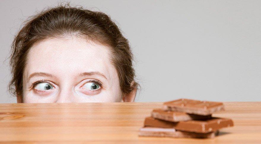 cikolata-sindirimi-zor-besin-shutter