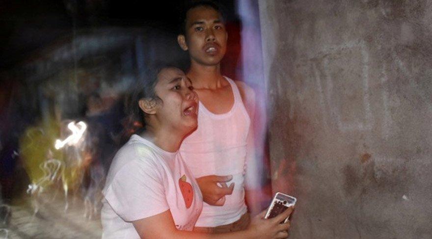 Deprem sonrası bölge halkı ve bölgede tatil yapan turistler büyük panik yaşadı. Reuters