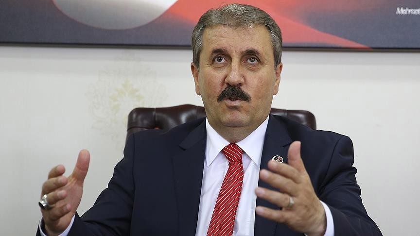 """FOTO:AA - BBP lideri Mustafa Destici idam konusunda açıklama yapmış ve """"Tasarıyı Meclis'e getireceğini açıklamıştı"""""""