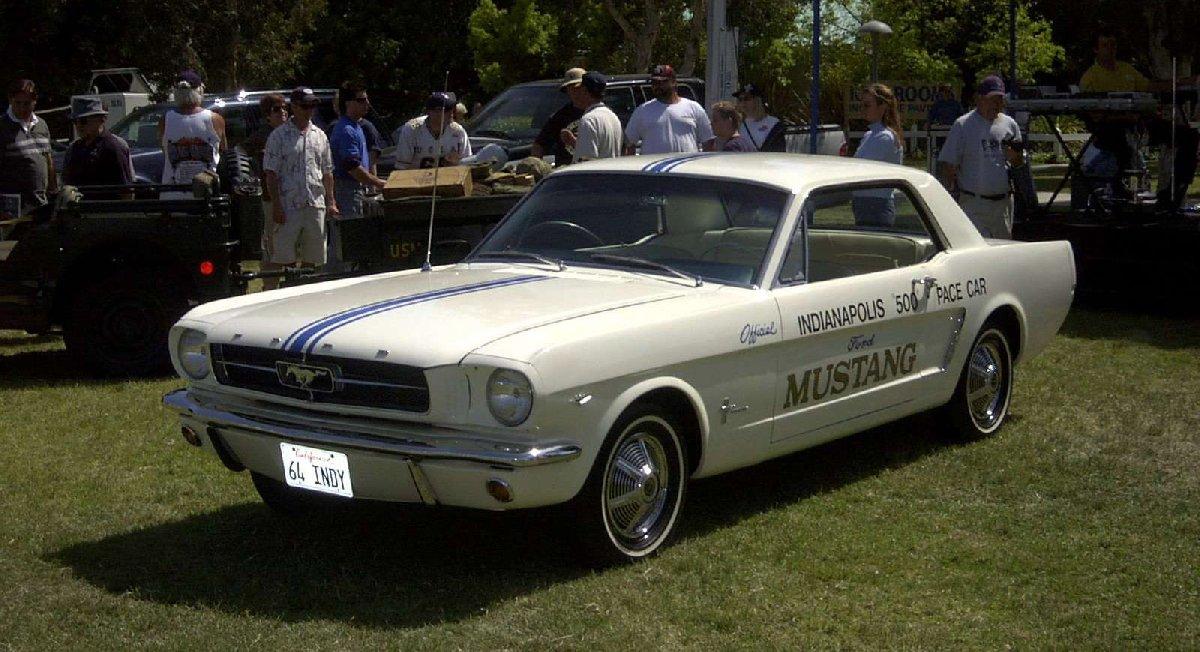 ford-mustang-1964-1600-06-kopya