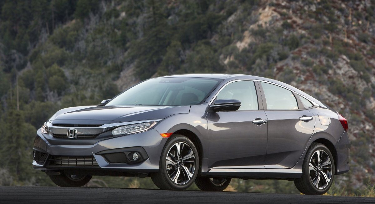 honda-civic_sedan-2016-1600-03-kopya