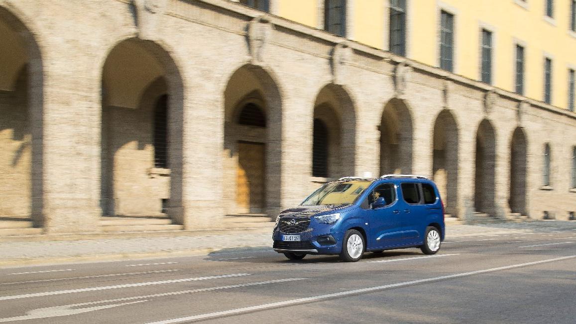 Opel ticari araç pazarına geri dönüyor!