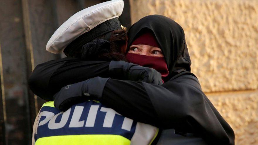 Danimarka'da peçe yasağına ilk ceza geldi