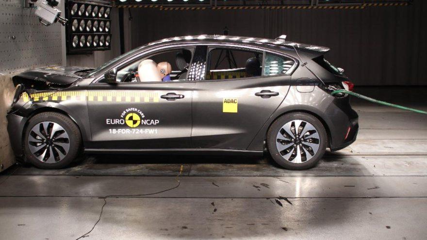 Yeni Ford Focus'a beş yıldız!