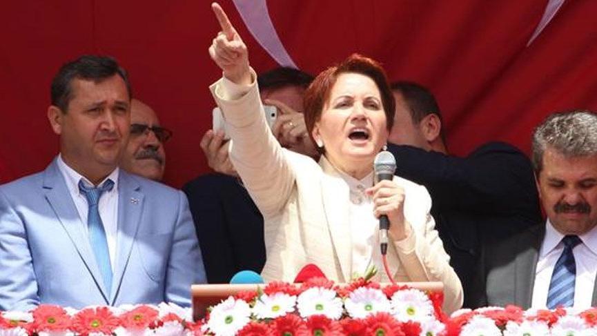 Kurultaya giden İYİ Parti'nin yeni sloganı 'Daha yeni başlıyoruz'