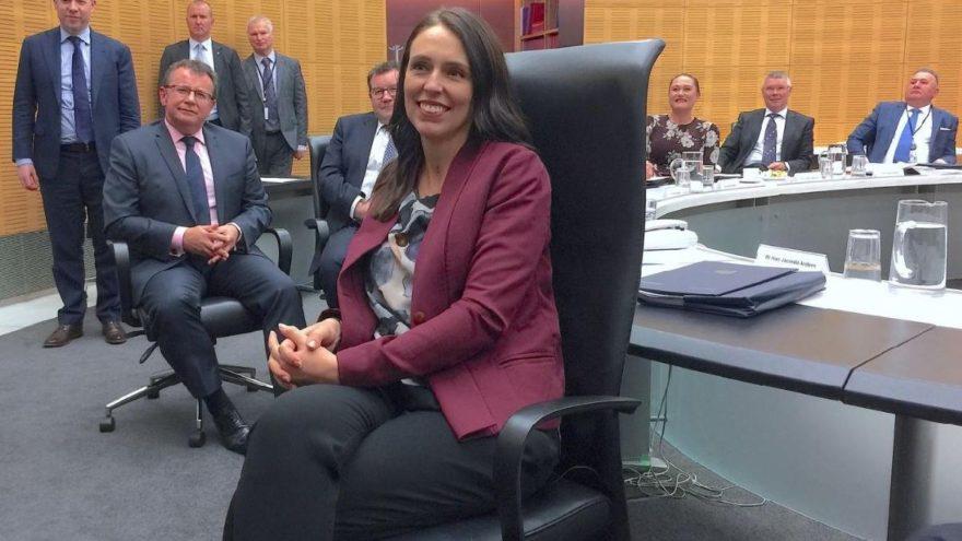 Başbakan açıkladı… Gelecek yıl poşetlere yasak geliyor